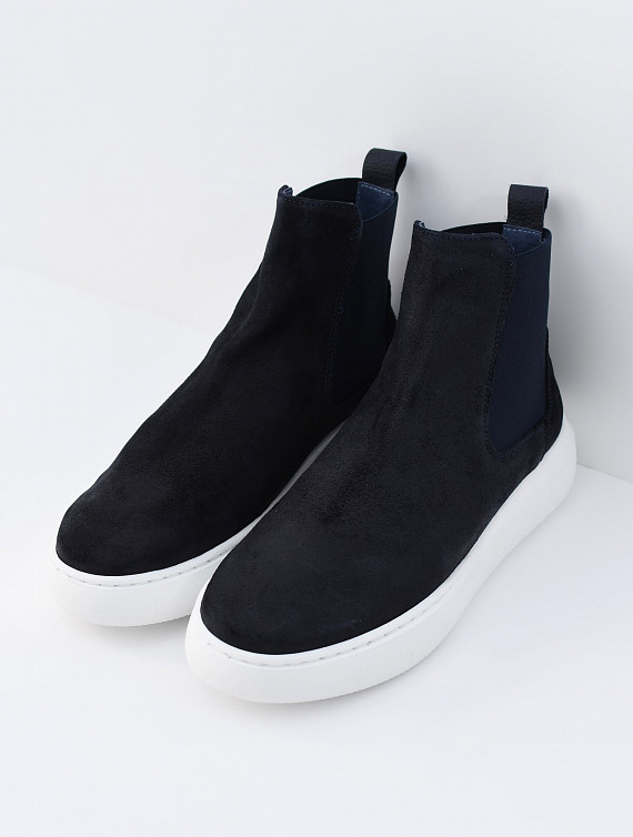 image: Boone chelsea boot