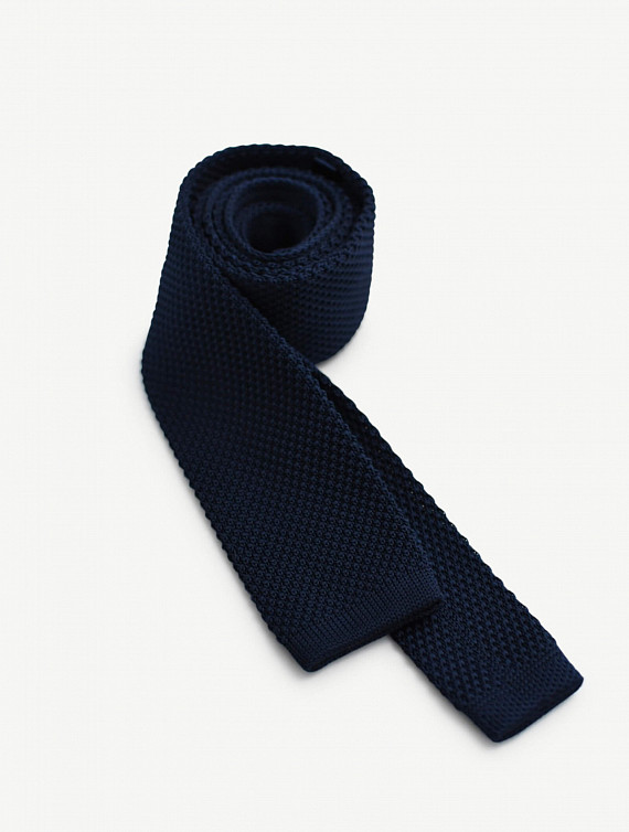 image: Bryson tie knitted plain